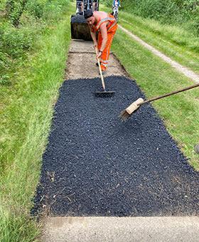 RECREATIE MIDDEN NEDERLAND: Boomwortels verwijderen uit fietspaden-1